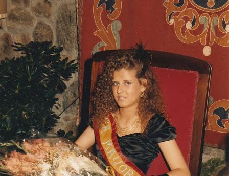 MARIA LUISA NOVOA-CISNEROS, MEIGA MAYOR 1989, LEERA LA OFRENDA A SAN JUAN DEL PROXIMO 29 DE AGOSTO