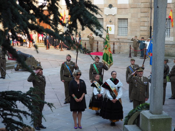 En recuerdo a los que dieron su vida por España