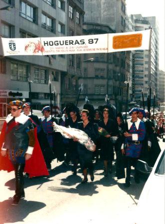 LAS HOGUERAS-87